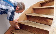 Stair Care de traponderdelen specialist!: Traprenovatie deel 2 het bekleden en renoveren van de zijkanten van de oude trap.