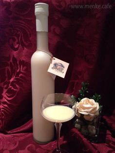 """Der """"Frauenliebling"""" unter unseren Cream's.   - Champagner Trüffel -  Exklusiver Sahne Likör mit echtem Champagner."""