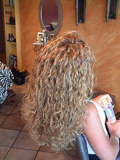 Die 110 Besten Bilder Von Dauerwelle Kurzhaarschnitte Haarschnitt