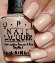 OPI Pale To The Chief // @kelliegonzoblog