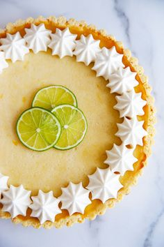 This simple gluten-free Key Lime Tart is made using honey and coconut milk for a rich, tangy and smooth filling, optionally topped with a honey meringue! Best Gluten Free Desserts, Gluten Free Baking, Coconut Whipped Cream, Canned Coconut Milk, Gluten Free Key Lime Pie, Paleo Dessert, Dessert Recipes, Key Lime Filling, Lexi's Clean Kitchen