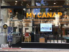 Notre belle façade, My Canap - showroom à Paris > https://www.my-canap.com/canapes-canapes-lits-paris-my-canap