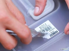 Часто на посуде остаются следы от ценников и наклеек