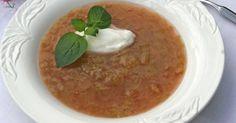 Fyldig rabarbrasuppe fra Melk.no Hummus, Oatmeal, Pudding, Breakfast, Ethnic Recipes, Food, The Oatmeal, Morning Coffee, Puddings