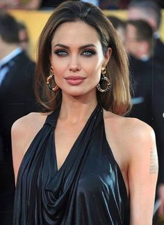 Angelina Jolie, Boobs, Cool Outfits, Camisole Top, Photo And Video, Tank Tops, People, Women, Latex