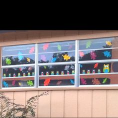 Fall window decoration for classroom - pintrest inspired