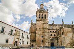 Catedral de Coria, Cáceres. Está en Waysee