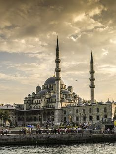 Mosque in Istanbul by Jesús Municio - Buildings & Architecture Other Exteriors ( islamic architecture, mezquita, minaret, istanbul, domes, ,...