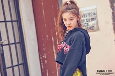 Photo album containing 31 pictures of (G)I-DLE Kpop Girl Groups, Korean Girl Groups, Kpop Girls, First Girl, New Girl, C Clown, Cube Entertainment, Soyeon, Girl Bands