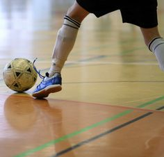 A player ins controling ball with his indoor soccer cleats. Find out more about #indoor #soccer #cleats at http://cleatsreport.com/indoor-soccer-cleats-which-are-good-how-to-choose-them/