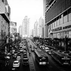 Traffic in Bangkok. #traffic #bangkok  #bangkok #world #city #photo #photos #pic #pics #picture #photographer #pictures #snapshot #art #beautiful #instagood #picoftheday #photooftheday #color #all_shots #exposure #composition #focus #capture #moment #photoshoot #photodaily #photogram