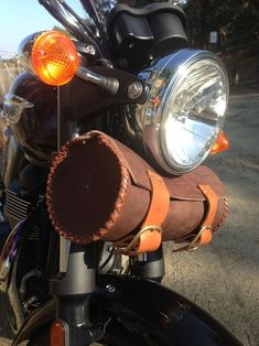"Seth Wegter Leather ""Bonnie Bag""  for the Triumph Bonneville, Thruxton and Scrambler"