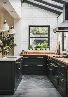 Love the floor and the dark cabinets