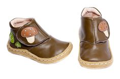 Nora needs shoes, these would be so cute for fall :)