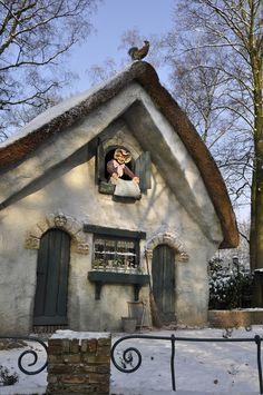Vrouw Holle in de Winter Efteling | Frau Holle (Mother Hulda) | Brothers Grimm
