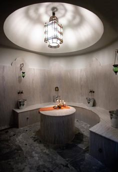 Lifestyle - Fashion - Travel and More from the heart of Morocco ● Exclusive - Exotic - Eccentric, news from around Marrakech Moroccan Bathroom, Moroccan Tiles, Spa Interior, Interior Design, Wellness Resort, Tadelakt, Turkish Bath, Massage Room, Steam Room