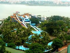 "<a href=""http://royalcity.com.vn/"" target=""_blank"">Ho Tay Waterpark</a>, Vietnam"