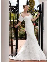 Glamoures Traumhaftes Hochzeitskleid aus Satin mit Blumen