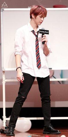 Solo Male, Daniel K, When You Smile, Ong Seongwoo, Produce 101 Season 2, Kim Jaehwan, Ha Sungwoon, Famous Men, Ulzzang Boy