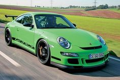 Porsche 911 GT3 RS = Don't mess with the frog
