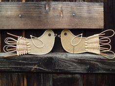 Ptáčci+2+ks+Délka+27+cm.+Ptáčci+mají+z+rubu+dřevěný+kolíček.+Cena+za+2+ks.+Dekorace+do+bytu.