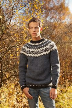 Ravelry: Afmæli - Anniversary Sweater pattern by Védís Jónsdóttir Fair Isle Knitting Patterns, Knitting Kits, Knitting Designs, Free Knitting, Crochet Patterns, Mens Knit Sweater Pattern, Men Sweater, Sweater Patterns, Motif Fair Isle