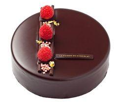 Gâteau au chocolat   gâteau au chocolat, dessert, pâtisserie, tentation. Plus de nouveautés sur http://www.bocadolobo.com/en/inspiration-and-ideas/