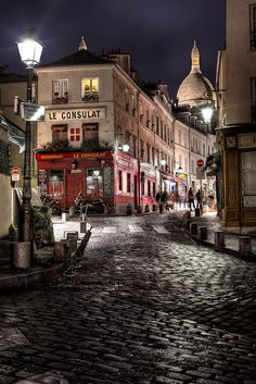 Montmartre, Paris, France Love that I have walked this street! Paris is amazing! Montmartre Paris, Paris Paris, Streets Of Paris, Paris City, Paris Street, Street View, Places Around The World, Oh The Places You'll Go, Places To Travel