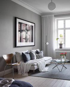 Stylish home in grey - Vardagsrum Diy Living Room Green, Living Room Modern, Living Room Designs, Living Spaces, Living Room Furniture, Living Room Decor, Bedroom Decor, Chandelier In Living Room, Design Blog