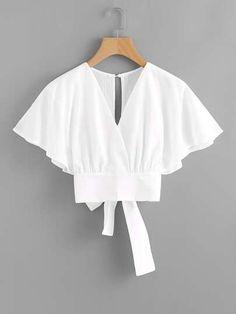 Para saber mais sobre o Deep V-cut Split Back Bow Tie Blouse em SHEIN,