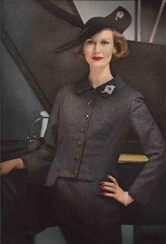 Lily Dache1956 | traina norell