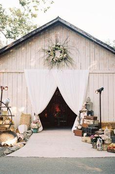 Rustic Barn Wedding wedding barn Ways To Make Your Barn Wedding Amazing - Rustic Wedding Chic Rustic Wedding Venues, Farm Wedding, Wedding Ceremony, Dream Wedding, Rustic Weddings, Country Weddings, Beach Weddings, Destination Weddings, Barn Door Wedding