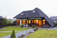 New arhitecture of romanian rural houses.for sale! Dream House Plans, My Dream Home, Future House, My House, Rural House, Solar, Concept Home, Design Case, Home Fashion