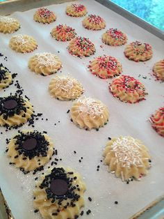 12 Days of Cookies - Spritz (Almond) Cookies, Do you have a great cookie recipe? here are one of my favorites, it's the best #cookies for the #holidays and gathers, they have an #amazing flavor and you can have fun decorating them anyway you like | MmGood.com