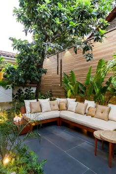Terrasse frameworks php in bolivien bis Small Backyard Gardens, Backyard Patio Designs, Small Backyard Landscaping, Small Backyard Design, Outdoor Rooms, Outdoor Living, Outdoor Furniture, Outdoor Decor, Ideas Terraza
