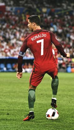 Cristiano RONALDO of Portugal during the UEFA Euro 2016 Quarter Final between Poland and Portugal at Stade Velodrome on June 30 2016 in Marseille. Cristiano Ronaldo Portugal, Real Madrid Cristiano Ronaldo, Cristiano Jr, Cristiano Ronaldo Juventus, Cr7 Ronaldo, Cr7 Messi, Neymar, Good Soccer Players, Football Players