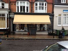 New traditional Victorian shop blind by Deans Blinds & Awnings