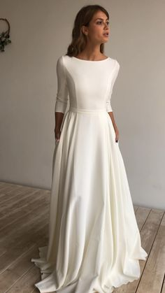 Wedding Dress Organza, Modest Wedding Dresses, Bridal Dresses, Gown Wedding, Rustic Wedding Gowns, Wedding Dress Trends, Minimalist Wedding Dresses, Simple Classy Wedding Dress, Simple Wedding Gowns
