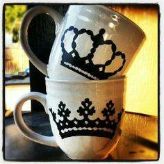 These king and queen couples' mugs will help you rule the morning.