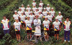 Equipo Café de Colombia, ganador de la vuelta a España de 1987, histórico representante del ciclismo colombiano.