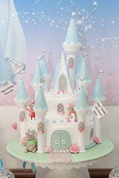 Darling Princess Cinderella themed cake