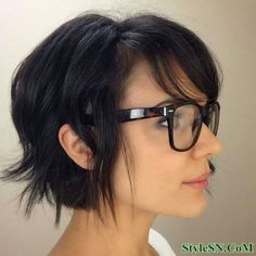 imgd3146514f78b306f17ba9bee281e2db4 short hairstyles for thick wavy hair 2014