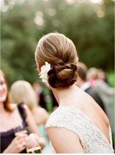 wedding-hair-flowers-47.jpg 297×400 pixels