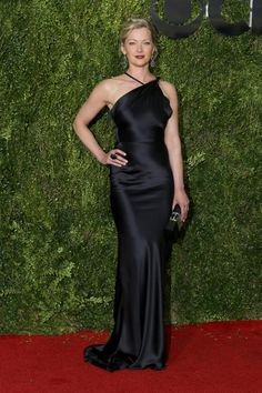 Gretchen Mol in Sophie Theallet (69th Tony Awards)