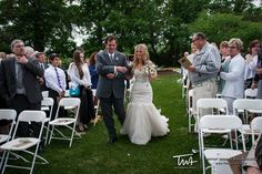 TWA Weddings at County Line Orchard | Click the picture to enter our Wedding Giveaway!