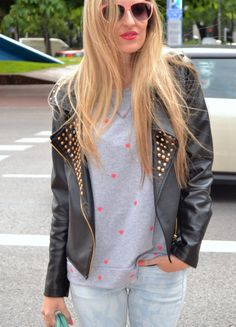Urban outfit 28-5-2014  Jeans: H&M / Sneakers: New Balance / Hoodie: Compañía Fantástica / Bag: Loewe / Jacket: Zara / Socks: H&M