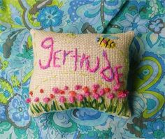 I will stitch any name in my Wonky style on my sweet mini Burlap pillow.   You may choose any colors.   Pillow measures about 5 x 7.   Made to Order upon purchase.   Yelli Kelli   HEY! Thats Cute!
