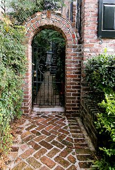 Modern Diy Garden Archway Decor Ideas That You Need To Have - There are so many types of garden gates around these days that they can be both functional and great looking. No matter what your garden decor is like. Archway Decor, Brick Archway, Garden Archway, Garden Doors, Brick Walkway, Garden Gates, Brick Wall Gardens, Brick Garden, Door Gate Design