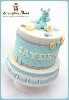 The top cake of a beautiful Cupcake Tower for Jayden's Christening… I'm slowly getting through the mountain of cake imagery that has never seen the light of day… it's a long ole task!