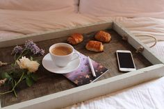 How to make a Rustic Wooden Tray | www.kezzabeth.co.uk